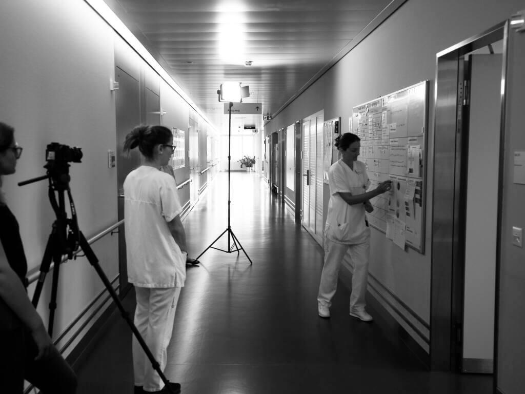 Dreharbeiten für die Schulungsvideos Lean Bettenstation